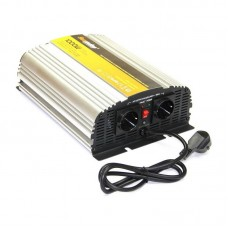 Omvormer met acculader 12V 1000/2000 Watt zuivere sinus